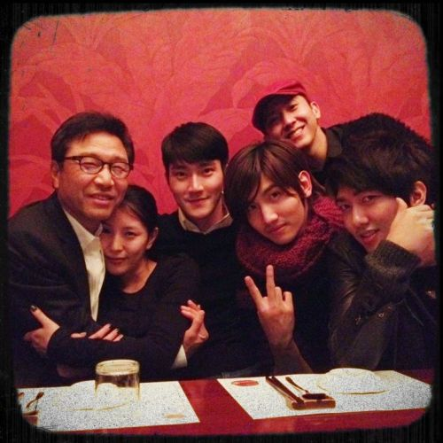 "fuckyeahthetrax: ""With my old label Pres. & mates… Mr. Soo Man Lee, @BoA_1105, @siwon407, Changmin (Max), @guitarjm, and ME""via @Brianjoomuzik's twitter"