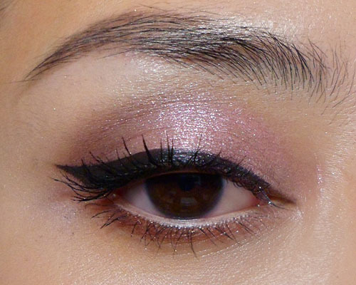 Classic Pin-Up Eye in Rose Tones