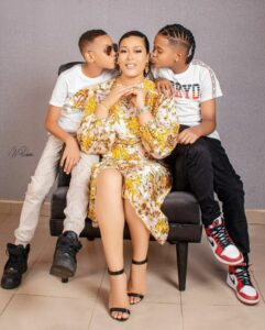 My World!😍😍@dmanyoung @aydenbyoung To every parent out there, I pray your labor on your children will never go in vain. May God Almighty give you the Will and Power to raise your Children. God bless all parents reading this.  See another photo below ;