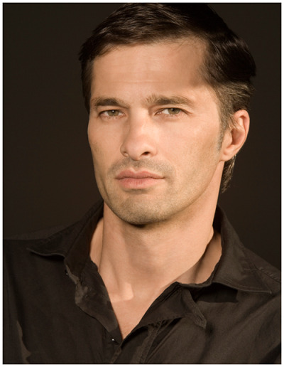 HOT & SEXY CELEBRITIES BIOGRAPHY & WALLPAPERS: Olivier Martinez Biography