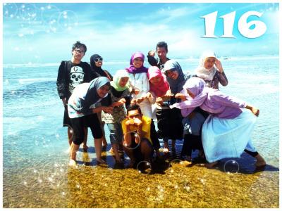 . . P A N T A I . .<br /> Sayang Heulang<br /> Model: Anggota KKM 116 UIN SGD Bdg 2011<br /> Fotographer: Afif Sidiq<br /> Editing: Fizah