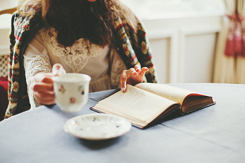 prettybooks:&lt;/p&gt;<br /> &lt;p&gt;(by jabbeltubel)