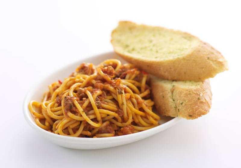5 Weird Food Combinations That Nigerians Eat
