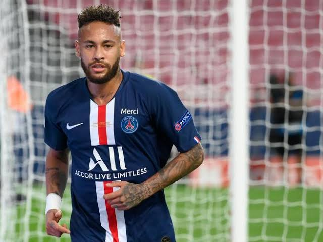 Neymar Gives PSG One Big Condition Before Signing A New Deal.