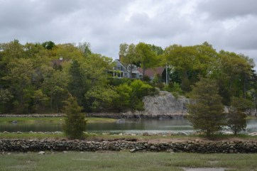 A little house over looking a lake. It was a perfectly cloudy day to capture the greenery here.