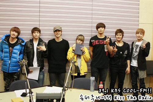 101230 Super Junior's Kiss the Radio  2010 라디오 동창회 시즌2..막내편! 2010 Radio Reunion Season 2..Maknaes! (슈퍼주니어 규현, 2AM진운,레인보우 현영, 제:아 동준, 달마시안드라마) (Super Junior Kyuhyun, 2AM Jinwoon, Rainbow Hyunyoung, ZE:A Dongjun, Dalmation Drama)