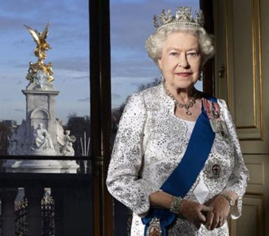 Queen Elizabeth II: Diamond jubilee photo