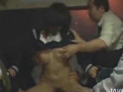 クッソ可愛いロリ巨乳な黒髪女子校生をバスの中で集団レイプ!中出しもしちゃいますwwwww