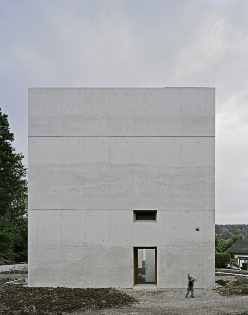 For years he'd only glimpsed his surroundings through the small rectangular window. And now: to be outdoors—oh, to be outdoors! (Photo: Brigida Gonzalez; ArchDaily)