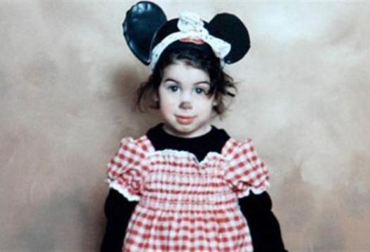 Amy Winehouse as Minnie Mouse, aged 6 (via)