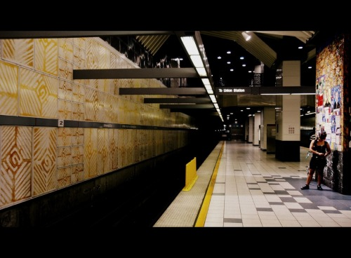 Universal City Station, Red Line.