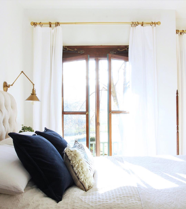 The Best White Curtains Hint They Are Long And Inexpensive