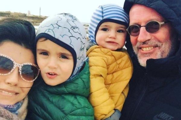 Гордон александр выглядит старше. Александр Гордон: биография, личная жизнь, семья, жена, дети — фото