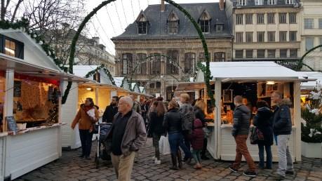 Allée du marché de Noël de Rouen