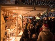 La foule se presse au Marché de Noël de Rouen