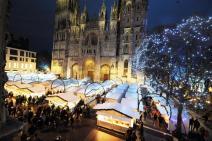Place de la Cathédrale pendant le marché de Noël de Rouen