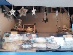 Vente de spécialités savoyardes sur le Marché de Noël d'Angers
