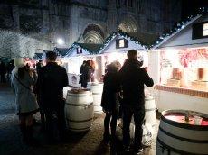 Autour d'un verre de vin chaud au Marché de Noël de Rouen