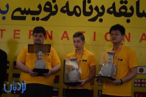 سه نفر اوّل جهان - nardebaan.ir