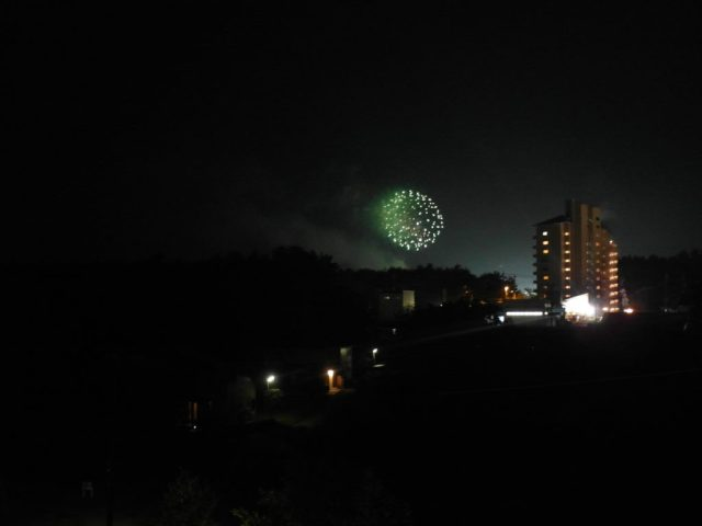 Fireworks as seen from Fujizakura Inn