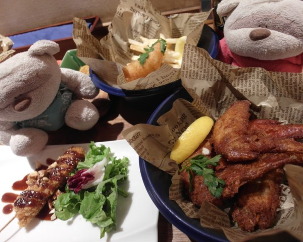 Tebasaki (Fried Chicken Wings) and Pork Cutlet @ Craft Beer Koyoen Nagoya