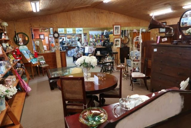 Flaxton Barn Antique Shop