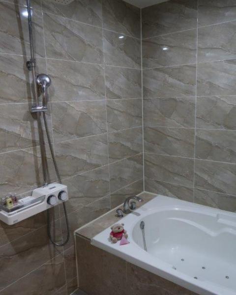Home Hotel Busan Bath Tub