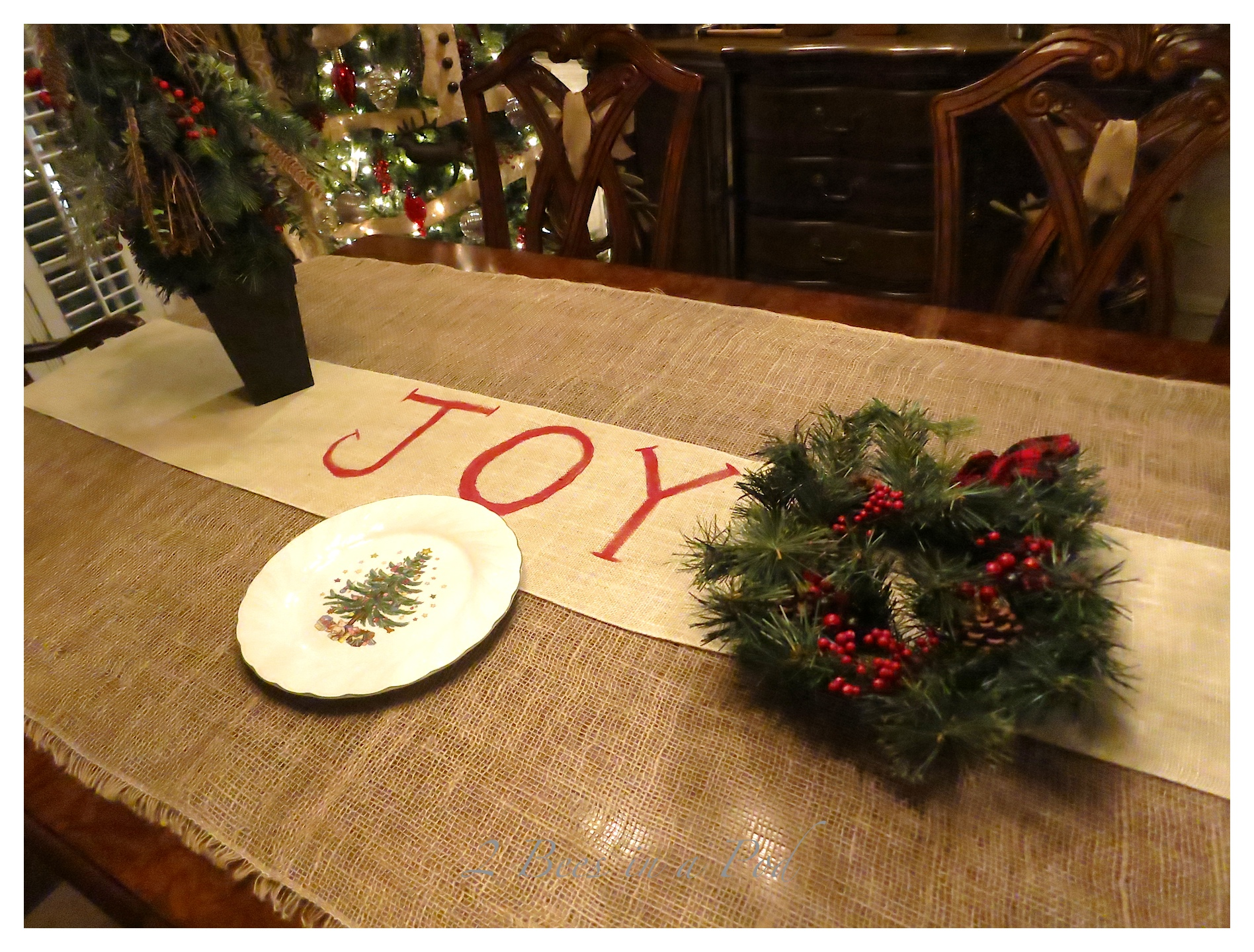 Fall Decor Wallpaper Joy Table Runner For The Christmas Table 2 Bees In A Pod