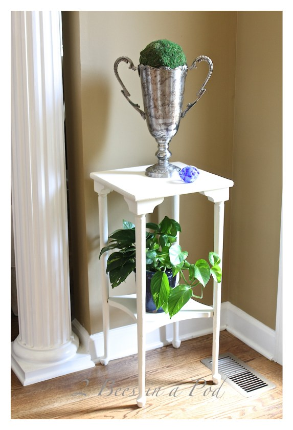 Chalk Painted Plant Stand Table from 2 Bees In A Pod
