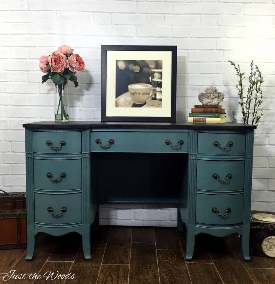 34 Beautiful Blue Furniture Makeovers  2 Bees in a Pod