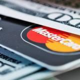Mastercard ненавидит биткоин, но внедряет блокчейн