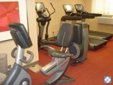 hp-mke-airport-cardio-machines