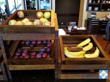 prg-courtyard-breakfast-whole-fruit