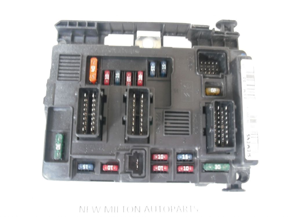 medium resolution of a genuine peugeot 206 fuse box control module t11847003 g bsm b3 rh 2cb6df 39 ekmpowershop