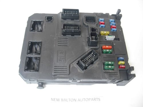 small resolution of peugeot partner combi fuse box comfort controller bsi e01 00 rh 2cb6df 39 ekmpowershop net peugeot partner van 2013 peugeot partner van fuse box layout