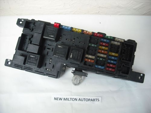 small resolution of volvo s60 s80 v70 engine bay fuse box controller petrol fuse box volvo s70 fuse box