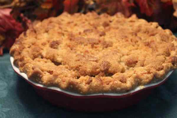 French Apple Pie closeup | 2 Cookin Mamas