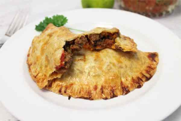 Easy Beef Empanadas bite | 2 Cookin Mamas