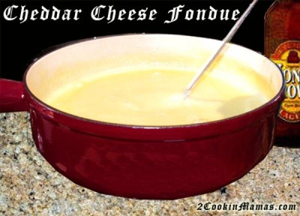 Cheddar Cheese Fondue | 2CookinMamas
