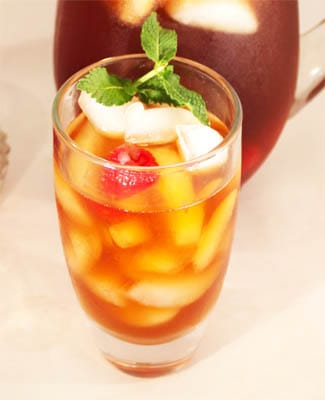 Raspberry Iced Tea single glass