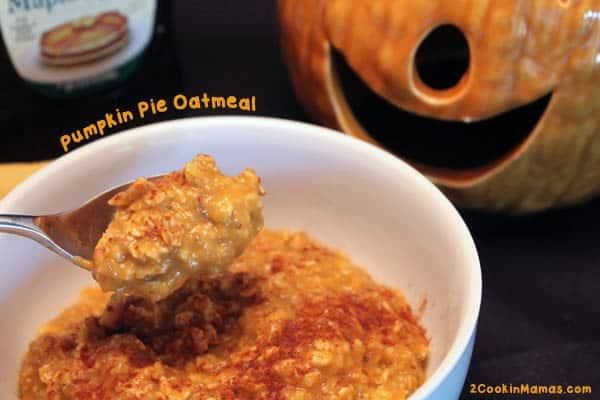 Pumpkin Pie Oatmeal | 2CookinMamas