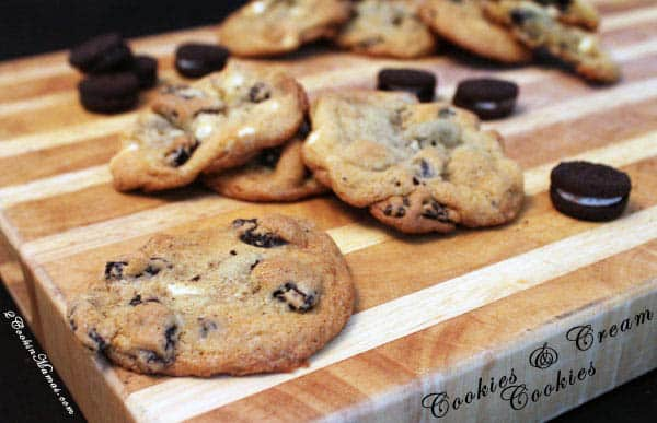 Cookies and Cream Cookies | 2CookinMamas