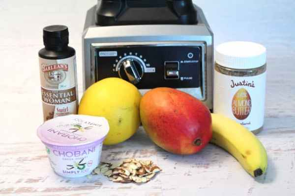 Clear Complexion Smoothie 640 w Ninja | 2CookinMamas