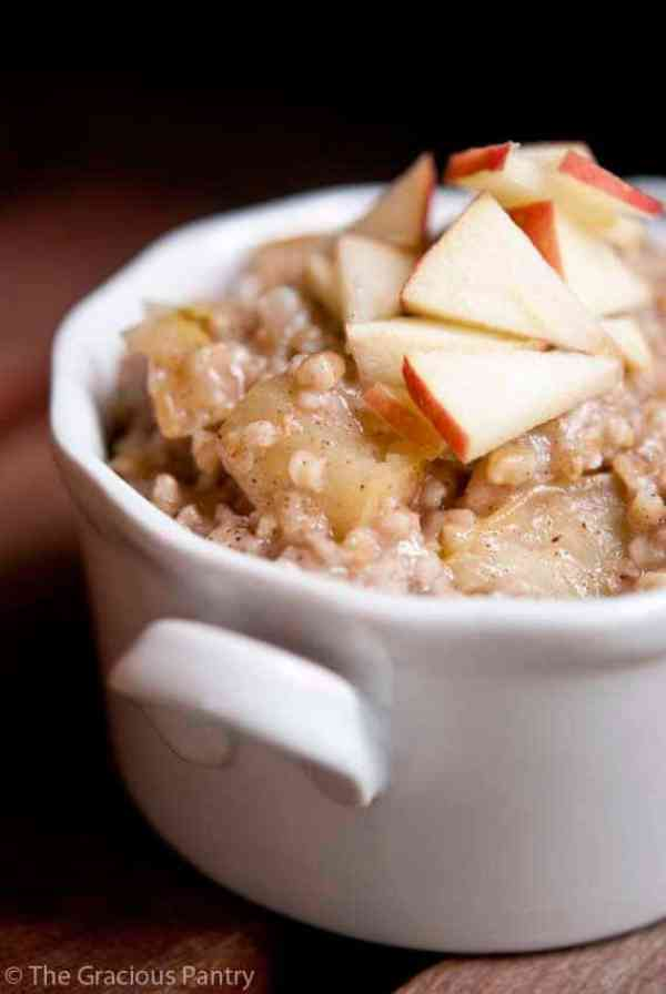 Apple Pie Oatmeal from Gracious Pantry