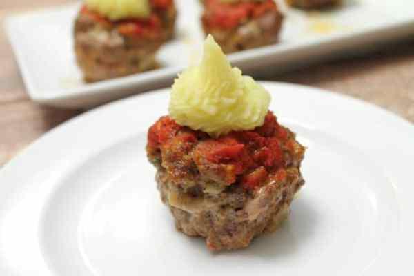 Meatloaf Cupcakes 640|2CookinMamas
