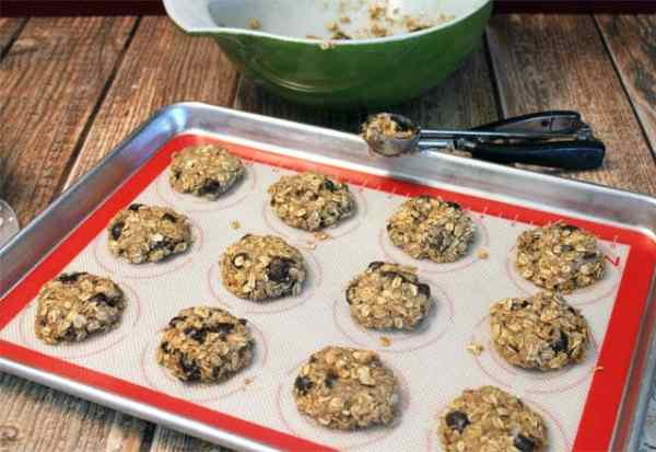 Crunchy Granola Breakfast Cookies prep|2CookinMamas