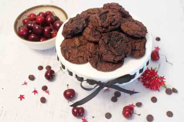Chocolate Chocolate Cherry Cookies 2 | 2 Cookin Mamas