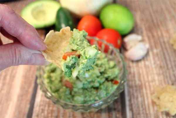 Classic Guacamole scoop | 2 Cookin Mamas