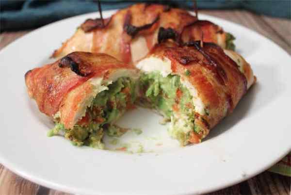 guacamole-stuffed-chicken-3 | 2 Cookin Mamas