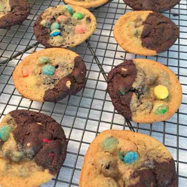 Chocolate Chip Peanut Butter Cookies baked | 2 Cookin Mamas